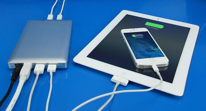 Thunder Dock USB Charger